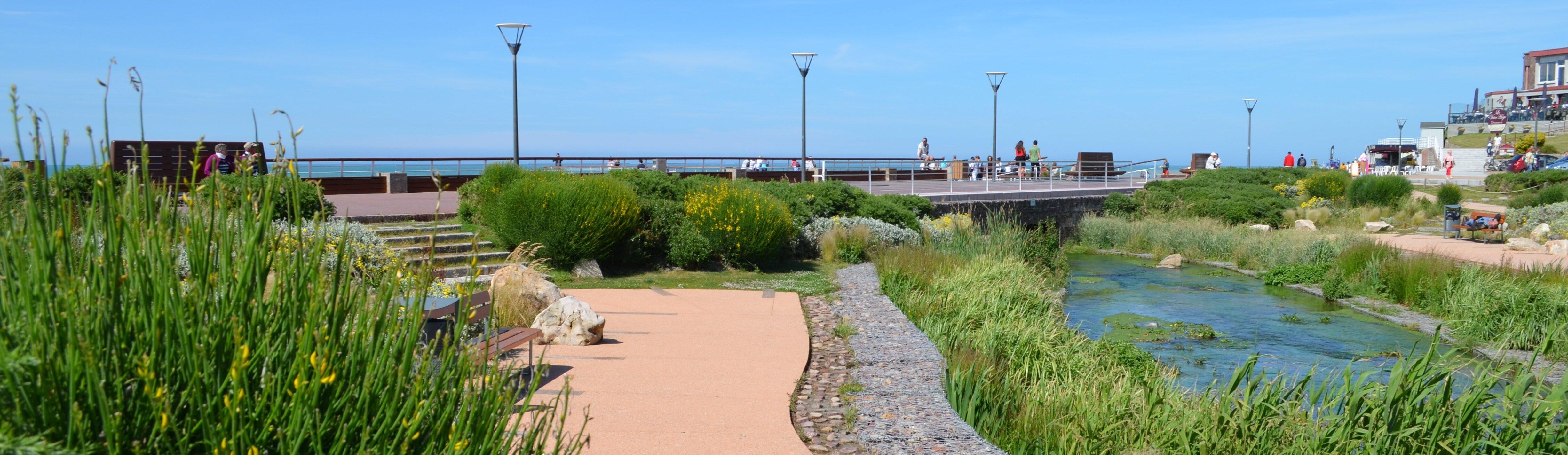 Location veules les roses les logis de la plage tourisme for Camping saint valery en caux avec piscine